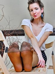 Brown Sheer Tights